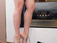 trampling-ibn-high-heels-007